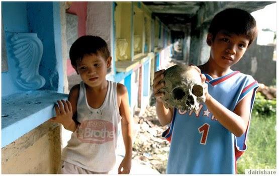 Jom Lihat Kehidupan Harian Penduduk Setinggan Tanah Kubur Di Manila