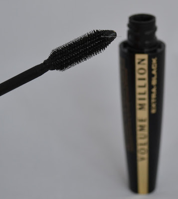 LÓreal Volume Million Lashes Extra-Black Mascara