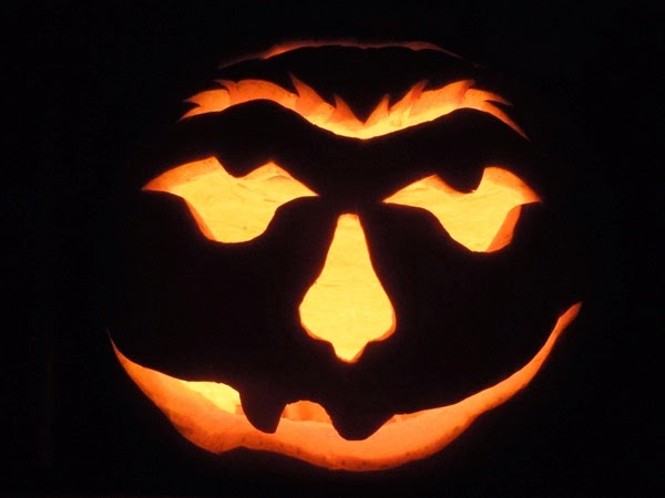 funny halloween pumpkin carving