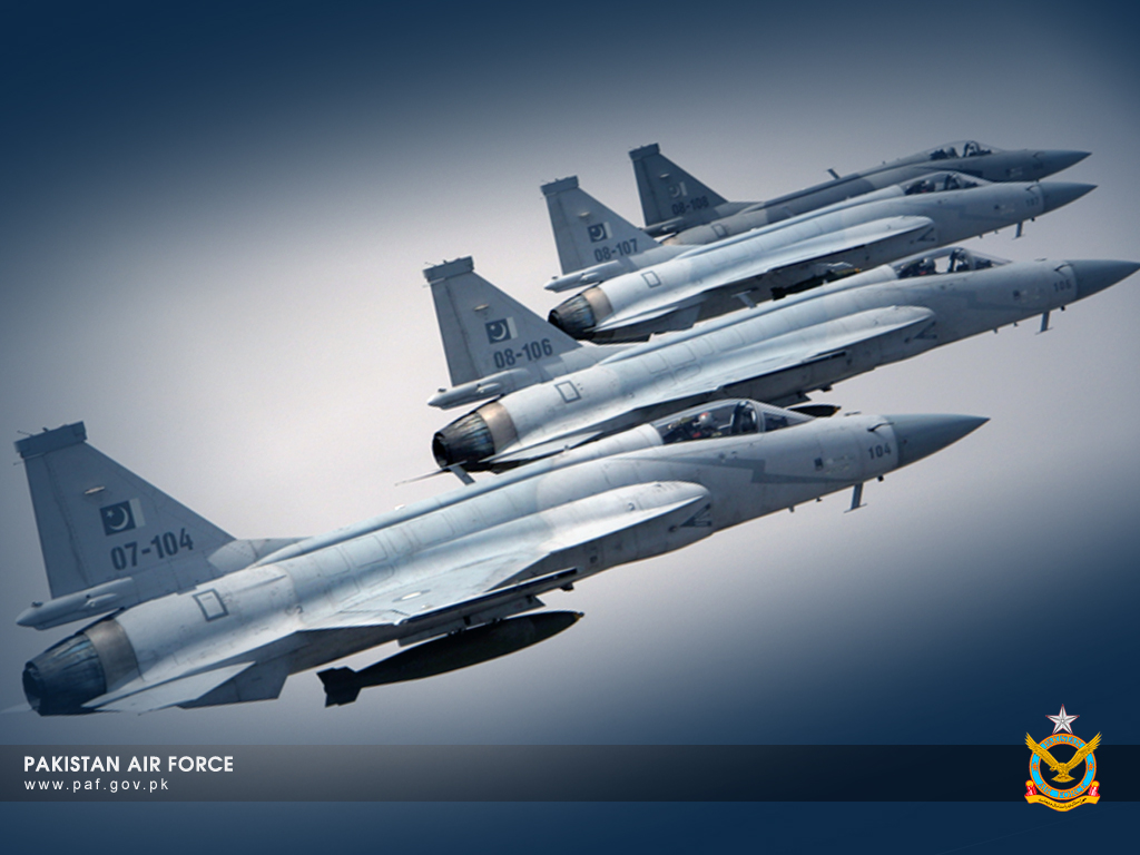 Pakistan Air Force JF-17 Thunder Aircraft Formation Wallpaper