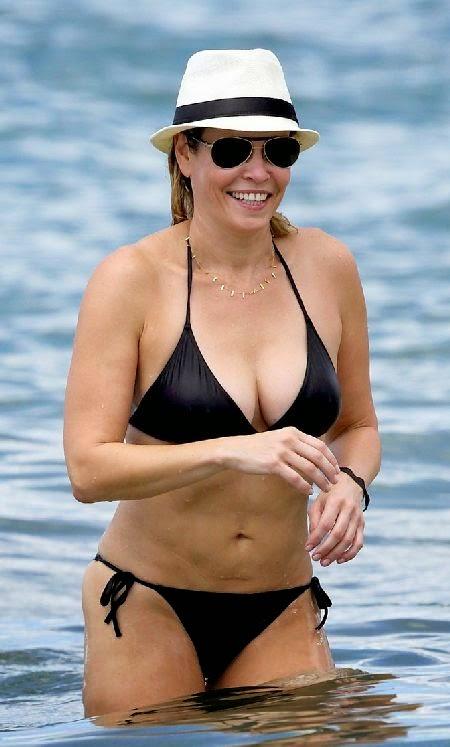 Chelsea handler and bikini