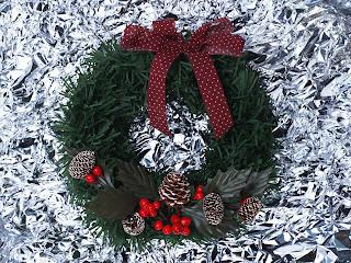 christmas card designs, wallpaper, clip art, tree ideas from christmas cheer