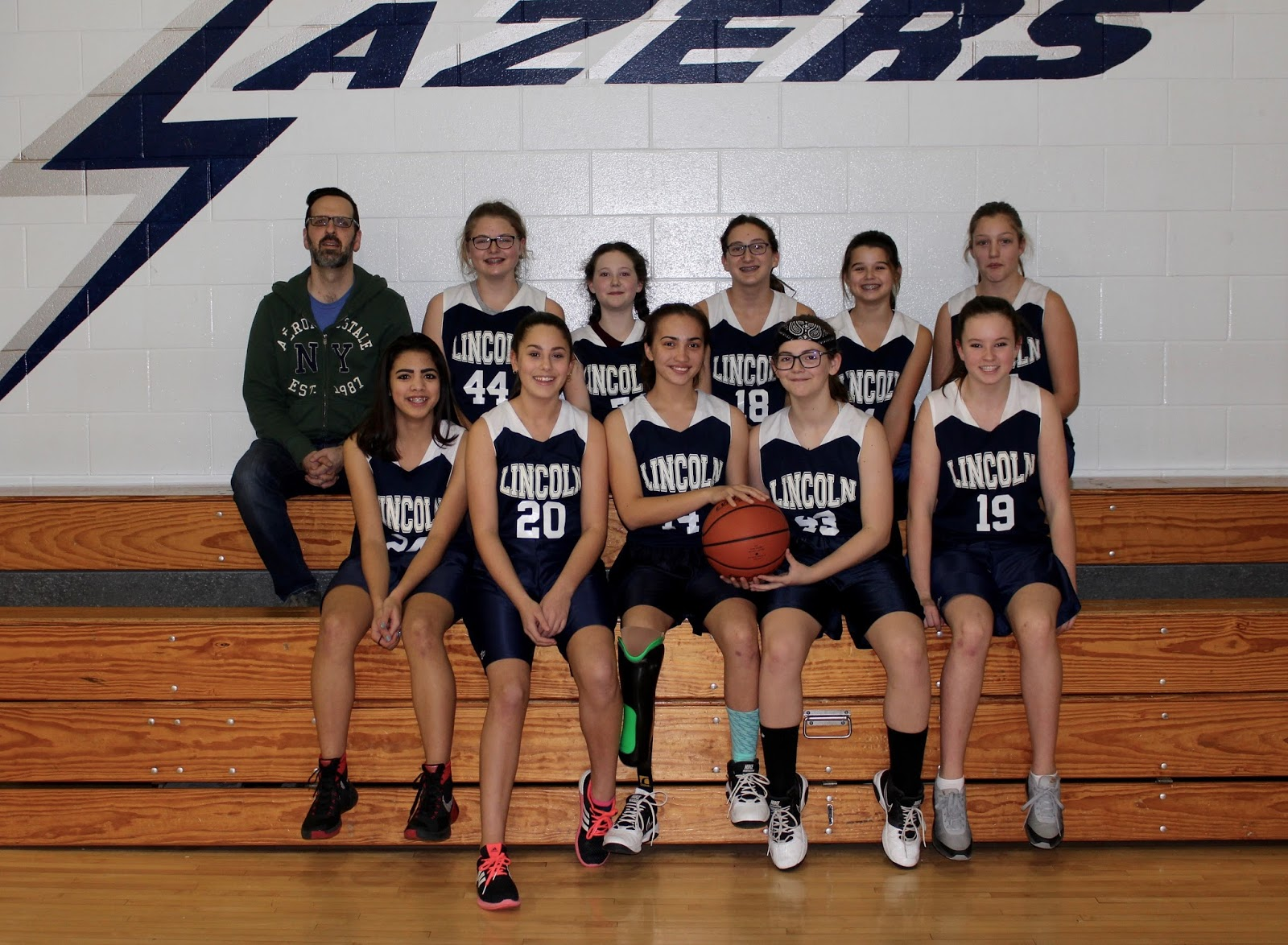 Cool girls basketball team pictures