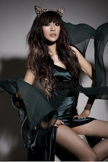Lee Hyori  beautiful Korean girl Devil body 2