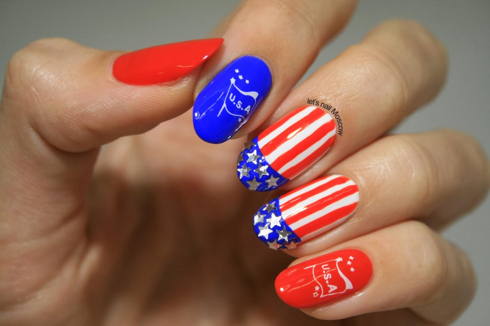 Маникюр на ногтях российский флаг