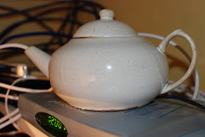 Click on the picture to visit the teapot: