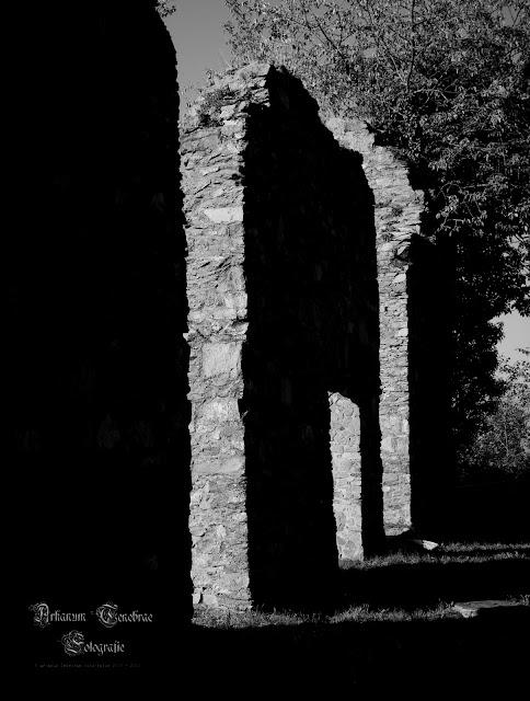 Ruine - Reste