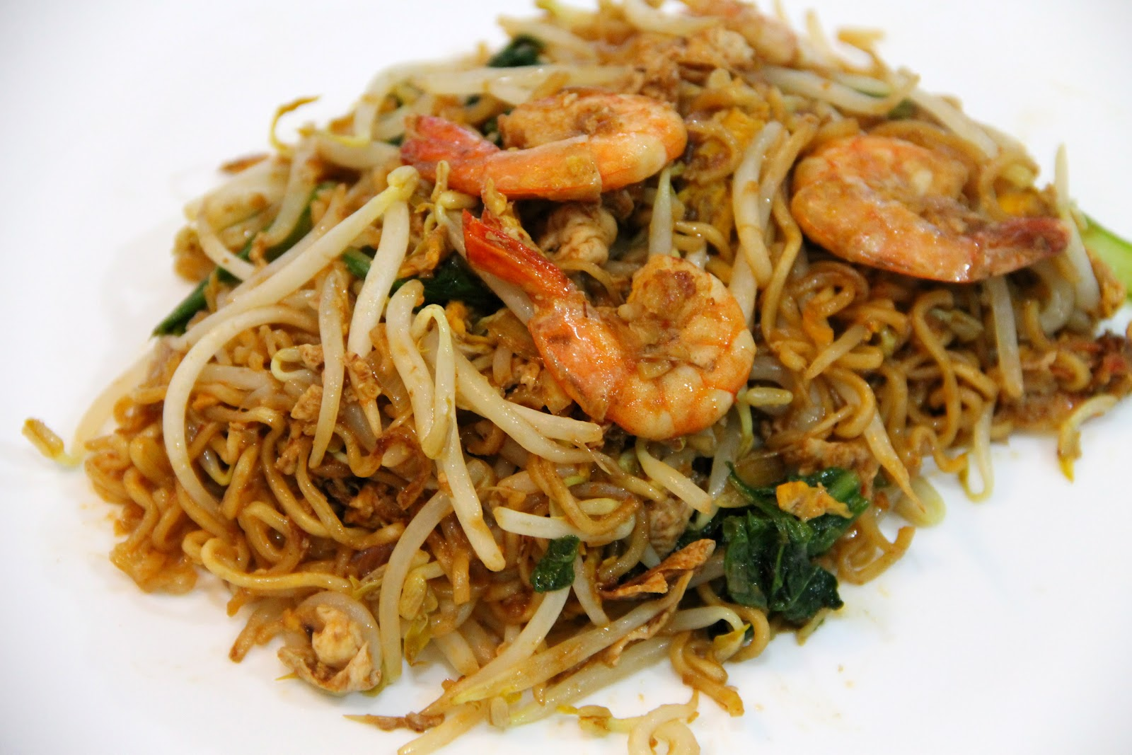 Easy to Make Finger Foods http://icookumakan.blogspot.com/2012/06/maggi-mee-goreng.html