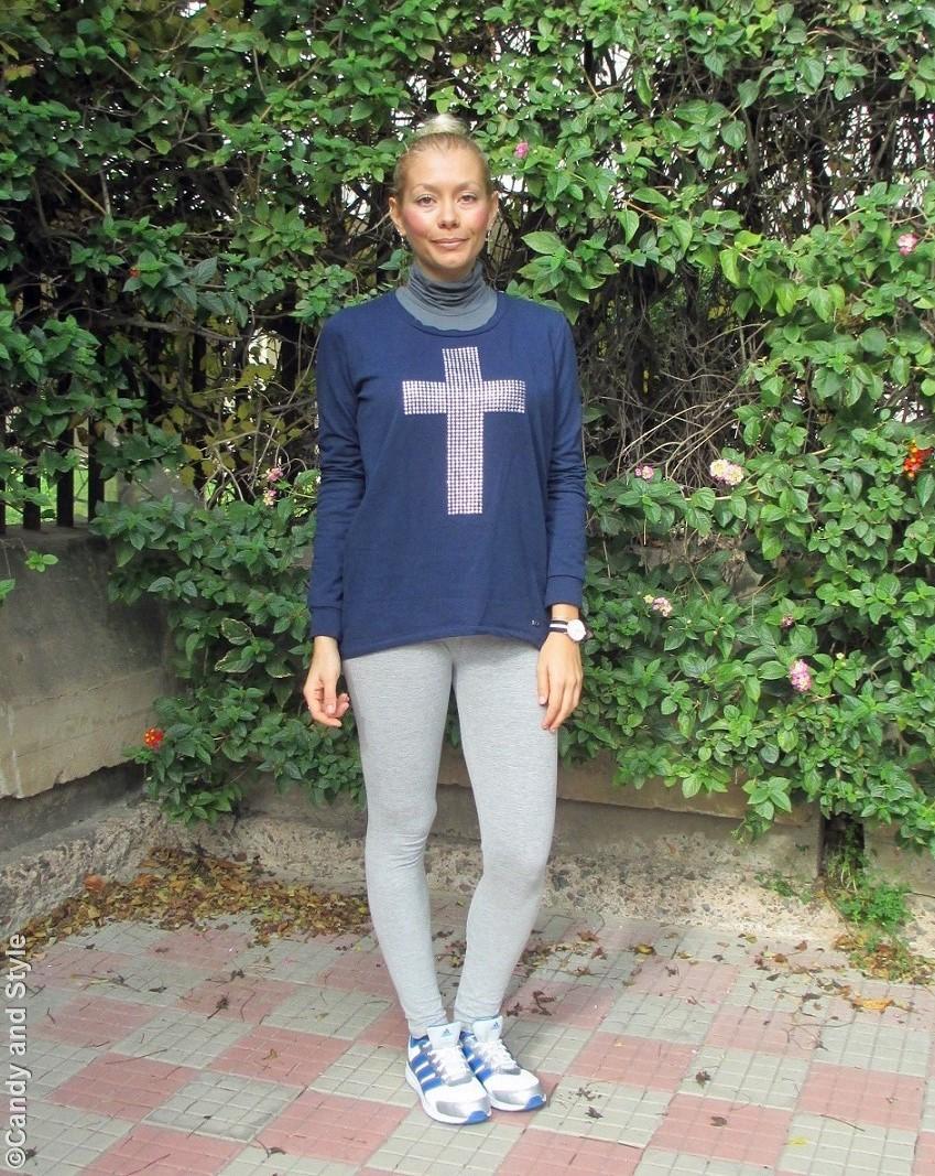 GreyCoat+BlueSweatshirt+GreyLeggings+Trainers+HighKnot - Lilli Candy and Style Fashion Blog
