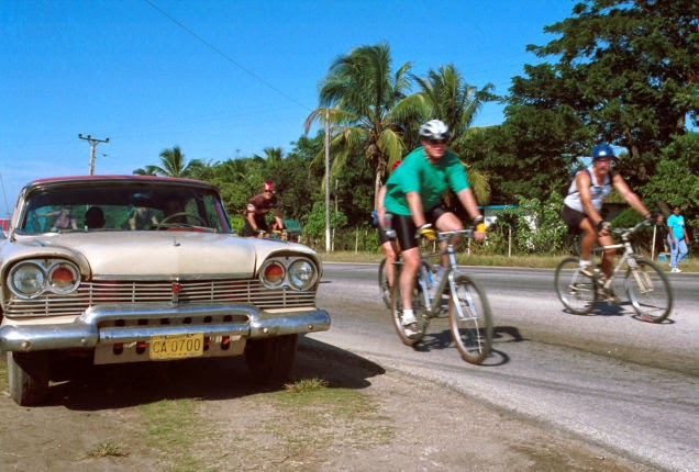 Biking+in+Havana,+Cuba%E2%80%94among+those+ancient+American+cars%E2%80%94is+another+a+memorable+experience.+-18+Amazing+Places+You+Should+Ride+Your+Bike+Before+You+Die.jpg
