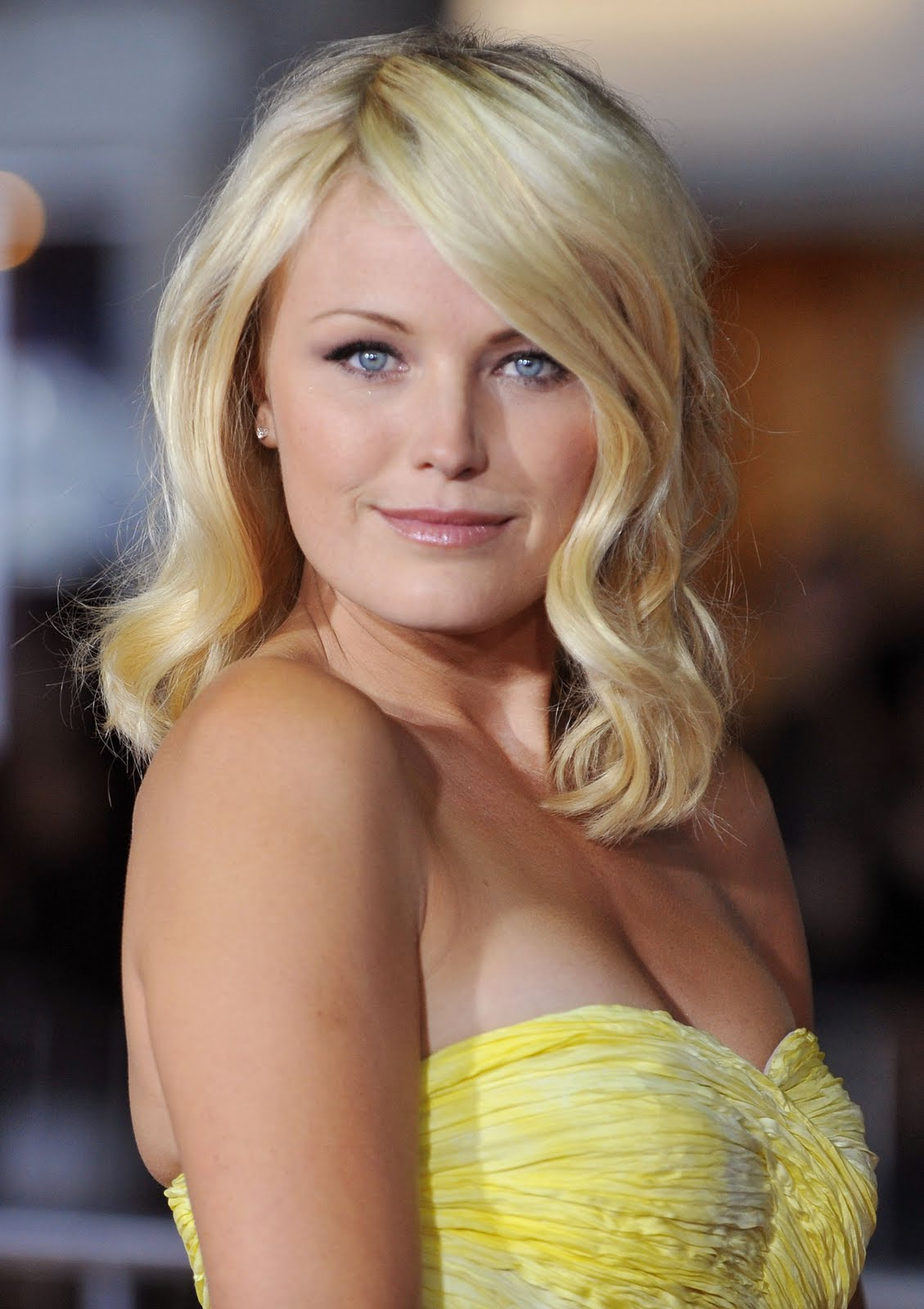 Malin akerman the heartbreak 02