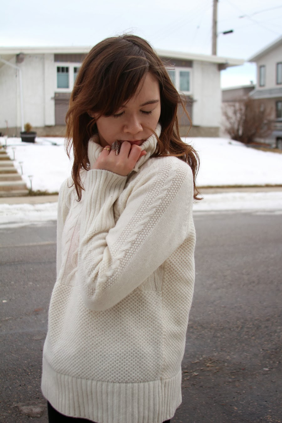 sweater, gap, j brand, enzo angiolini, zara, french chic
