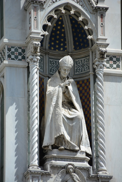 Duomo of Firenze statue