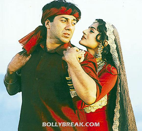 Old sunny deol and young Amisha Patel - (15) - Old  heros and young heroines- Rowdy Rathore to gadar