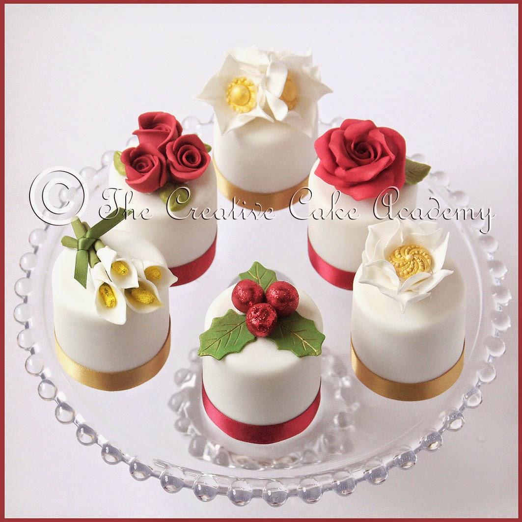 The Creative Cake Academy CHRISTMAS MINI CAKES VINTAGE