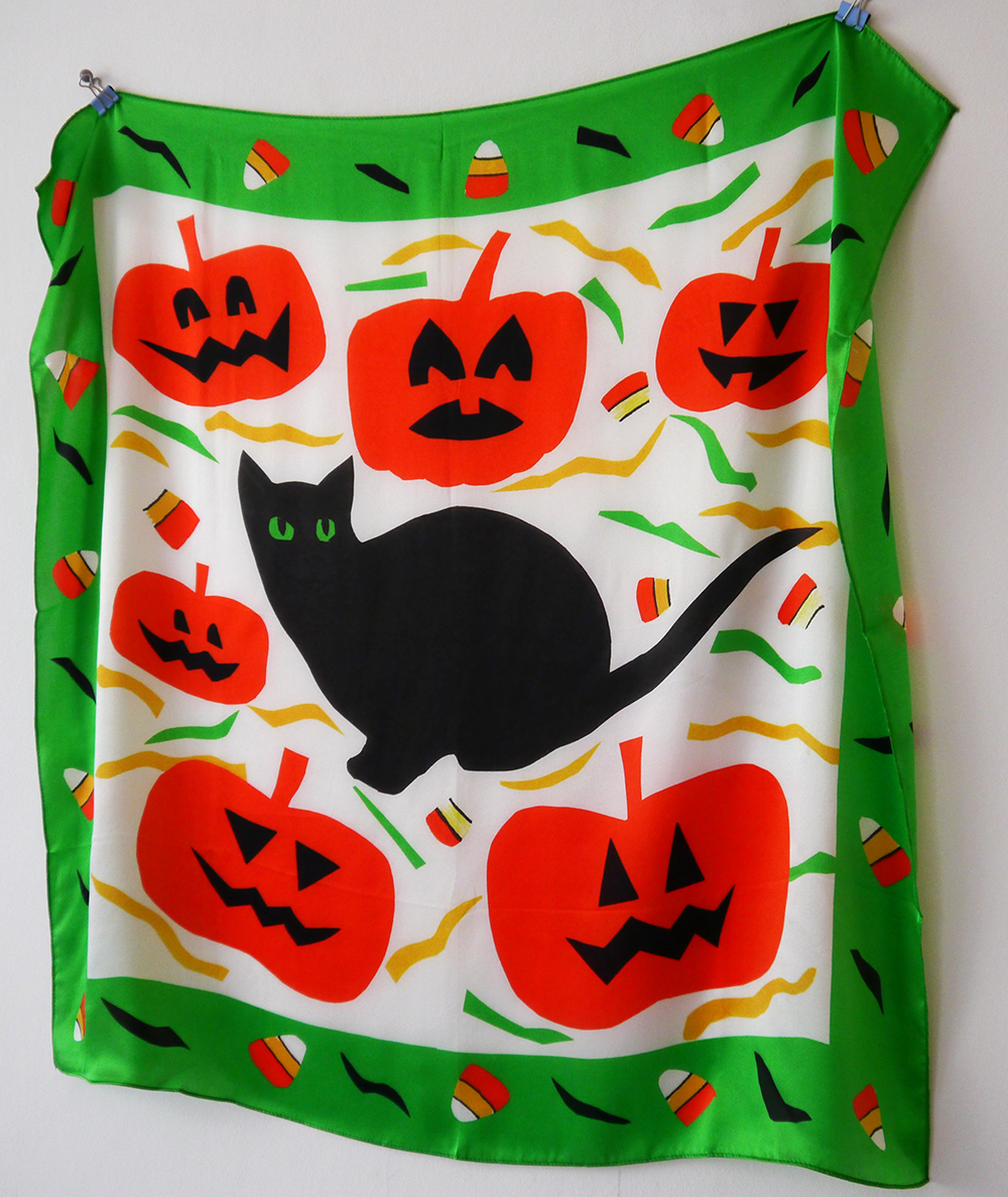 Scarf School, Scarf School Graduation, Edinburgh, Hill Street Design House, Karen Mabon, Scarf Design, Scottish Bloggers, blogging duo, halloween scarf, black cat, pumpkins, candy corn