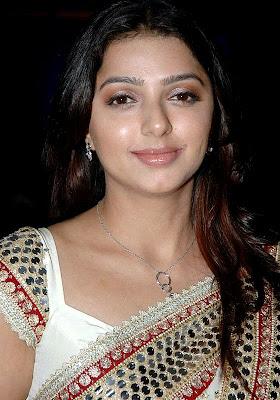 Actress bhumika chawla wallpaper