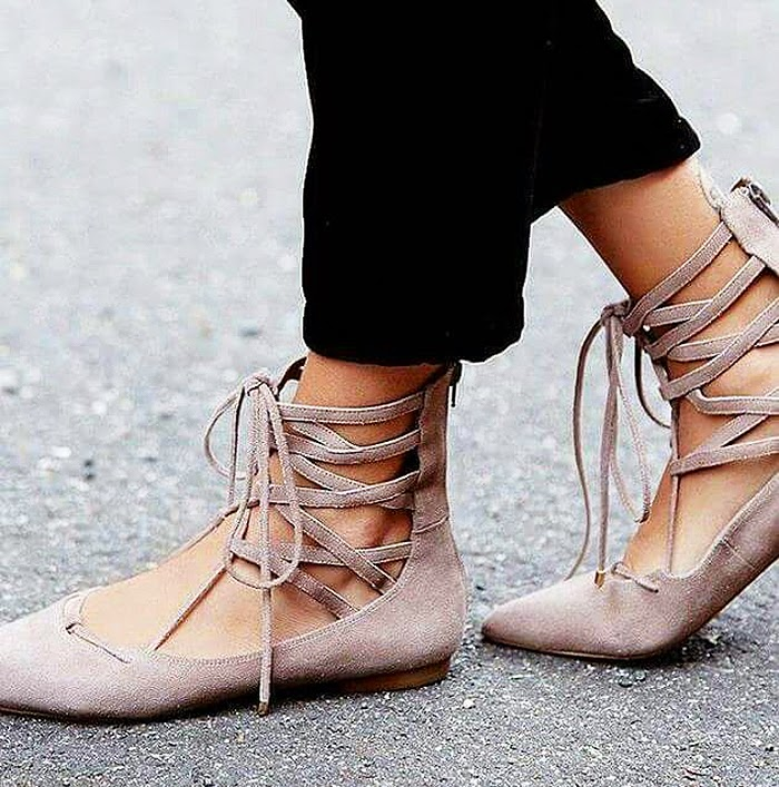BAILARINAS-CORDONES-LACE-UP-FLATS-FASHION-TALESTRIP