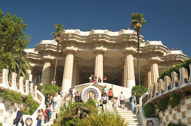 Park Guell, Barcelona, Spanyol, Eropa, Travelling, Wisata, Antoni Gaudi, dragon fountain