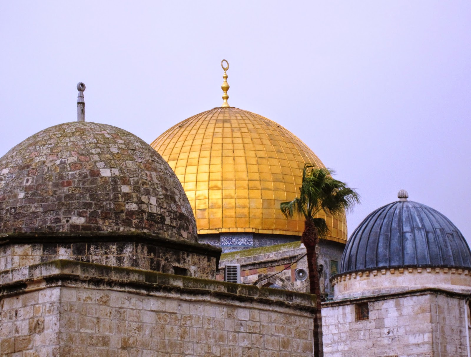Domes on Dome of the Rock / Souvenir Chronicles
