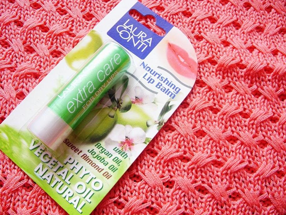 Recenzja: Odżywczy balsam do ust z olejkami roślinnymi, Laura Conti