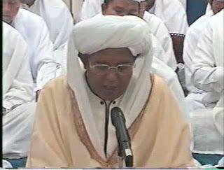 KH.Muhammad Zaini Bin Abdul Ghoni - Sholawat Burdah