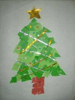 Super Easy Christmas Tree Collage Paper Craft