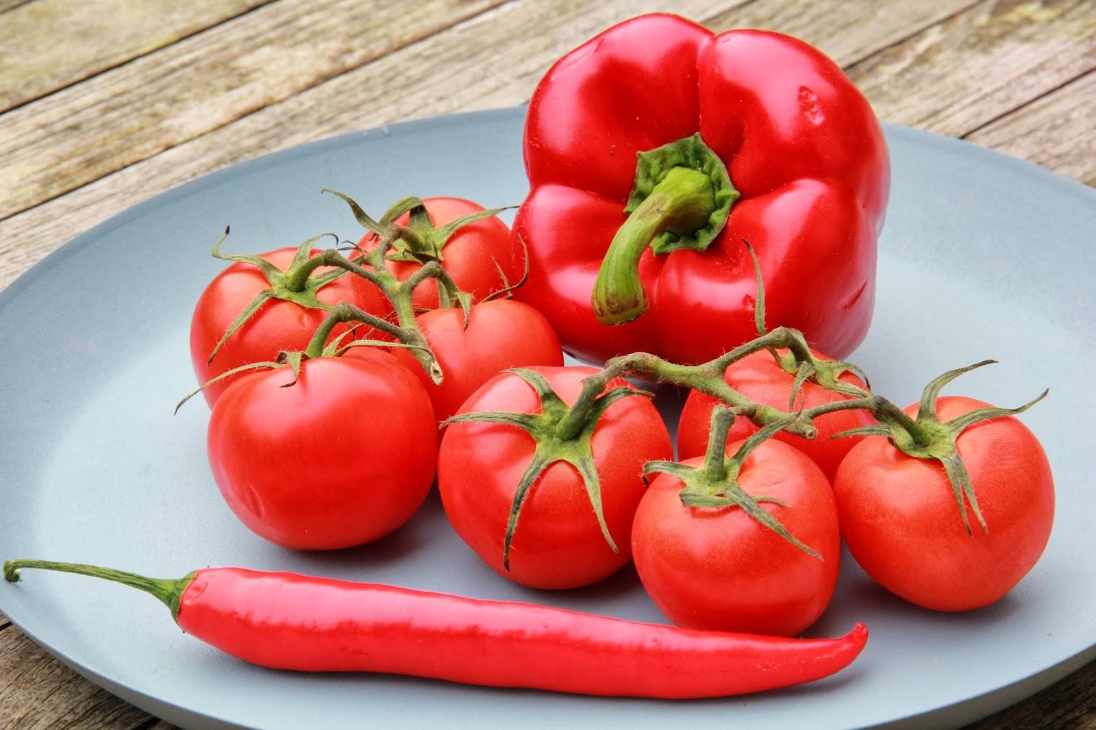 Geroosterde tomaten-paprika soep met pesto scones - www.desmaakvancecile.com