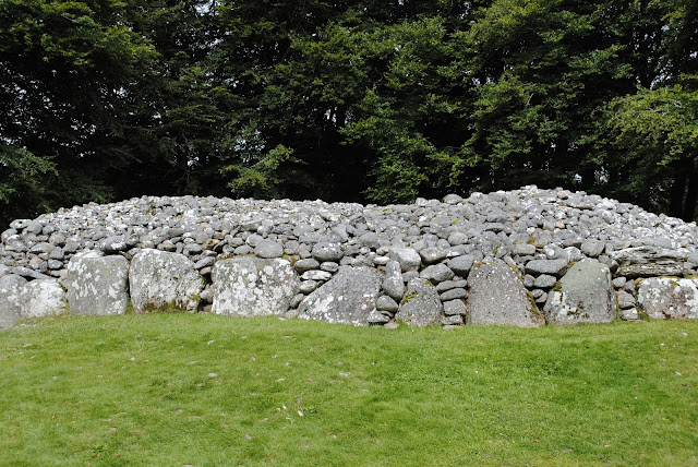 Clava Cairns, Near Culloden Battlefield, Inverness, Scotland, Highlands, Standing