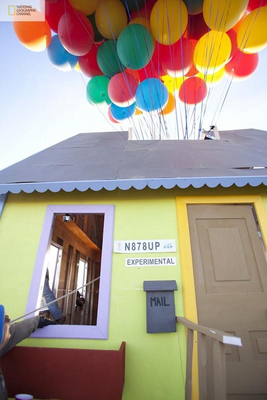 صور منزل يطير باستخدام البالونات !! مشروع جديد مستوحى من فيلم ديزني up floating-house1%5B2%