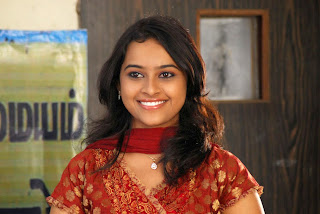 kamapisachi photos of Sri Divya