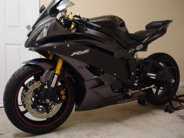 Beautiful Bikes Yamaha R6 Black