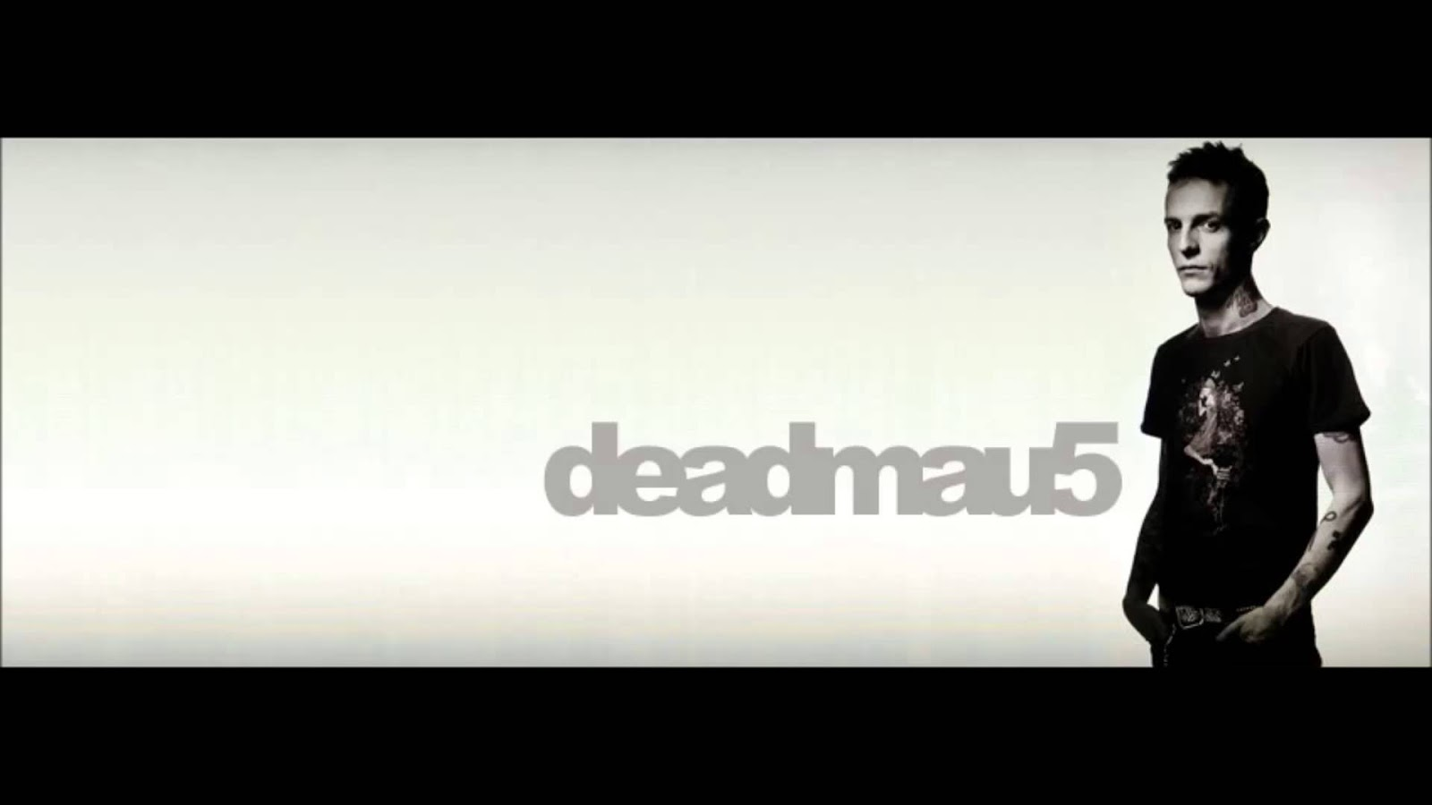 "Deadmau5 unleashed ""Suite 04b"" on the SoundCloud world."
