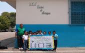 En la escuela listos para llevar los niños(as) a consulta de Odontologia en el Módulo de Barrio Ade