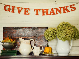 http://www.hgtv.com/handmade/glittered-thanksgiving-banner/index.html