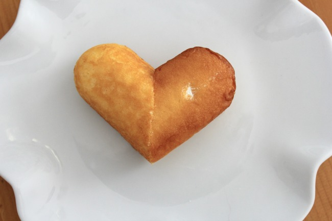 A heart shaped Twinkie.