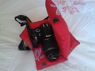 funda para llevar cámara reflex en el bolso