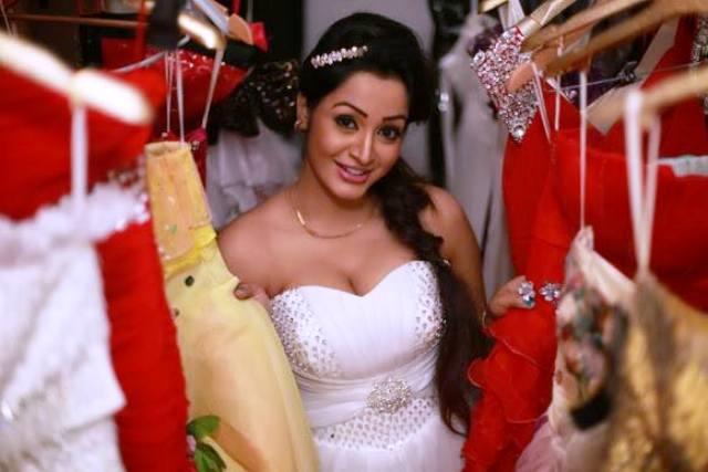Kaushalya Madavi spa videos