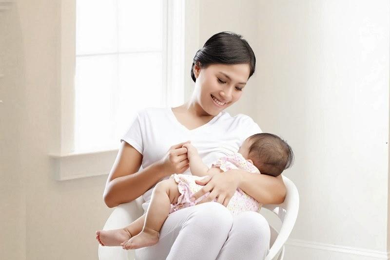 watak bayi menyusu