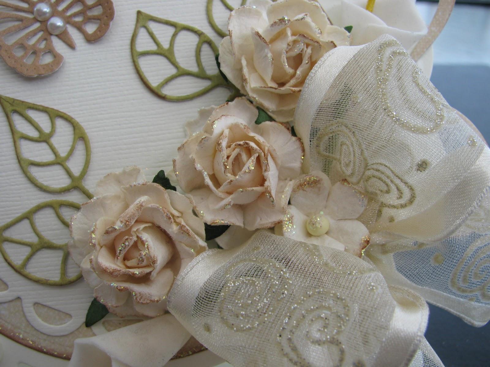 Les cr ations d 39 h l ne carte pour un 50e anniversaire de for Robes pour le 50e anniversaire de mariage