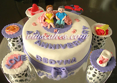 Anniversary Couple Cake Images : Vin s Cakes - Birthday Cake & Cupcake - Wedding Cupcake ...