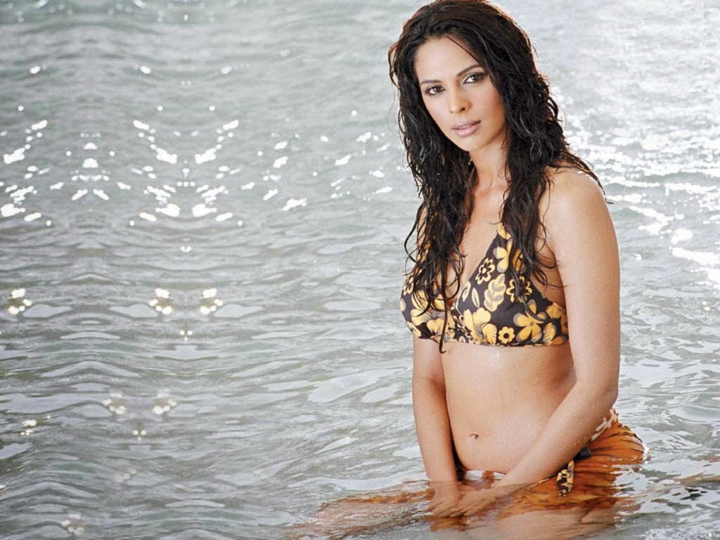 Niggers should mallika sherawat in hot bikini