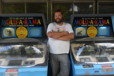 Will with Mold-A-Rama machines at San Antonio Zoo