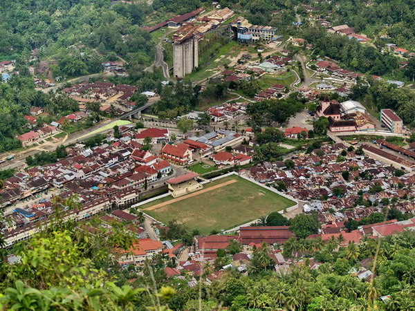 Paket Wisata Padang-Bukittinggi 6D5N