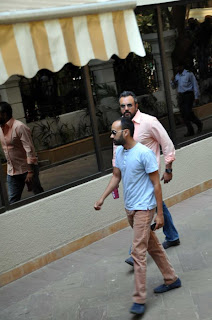 Ranbir Kapoor, Vidya Balan & Celbs at Sanjay Dutt's residence post the Supreme Court  verdict