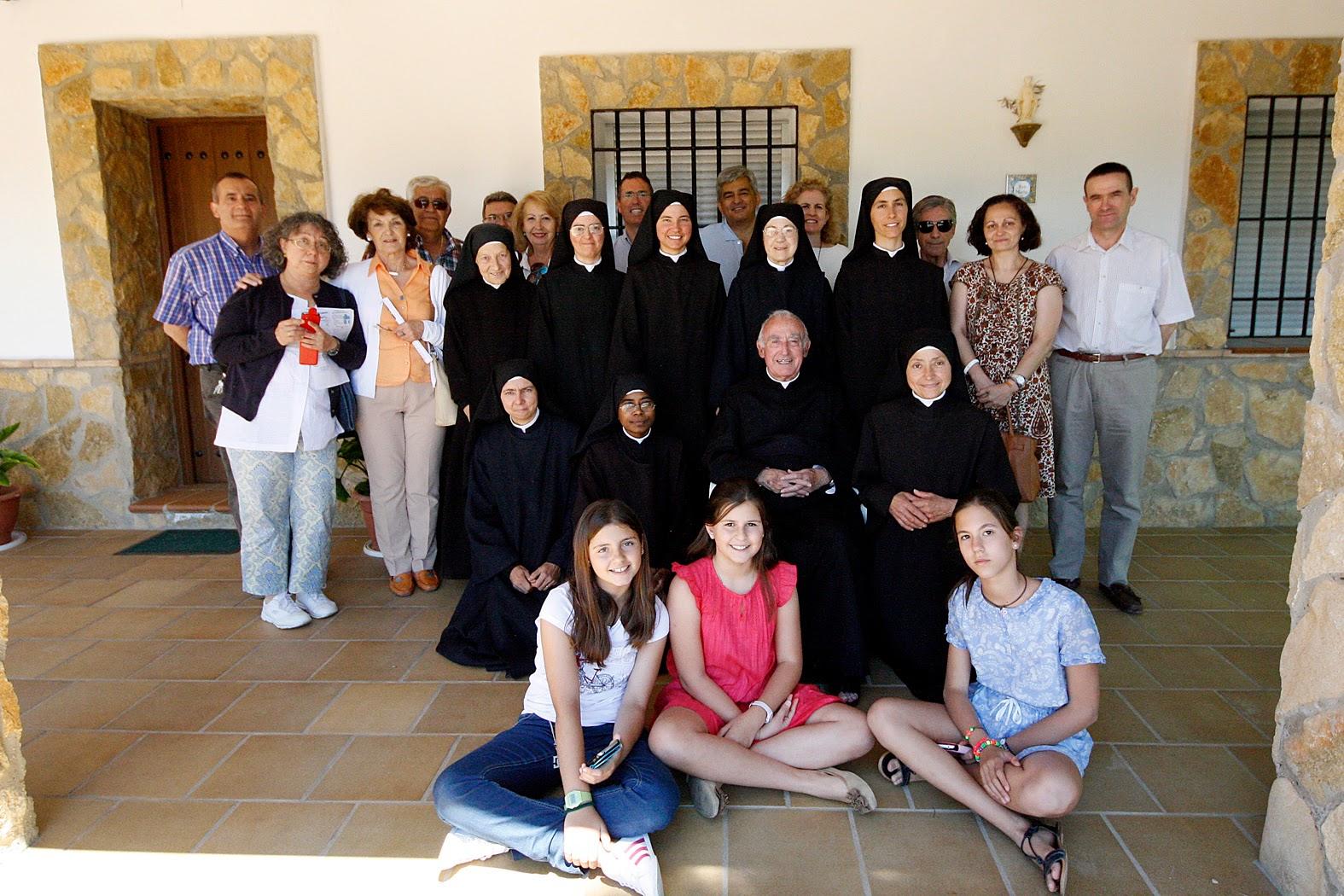 Cr nica visita y misa en oasis san jos villaviciosa for Oficina 0049 banco santander