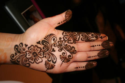 Mehndi Designs Or Tattoos For Eid+1 Latest Mehndi Designs for Eid
