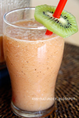 cooler_fruit_smoothie
