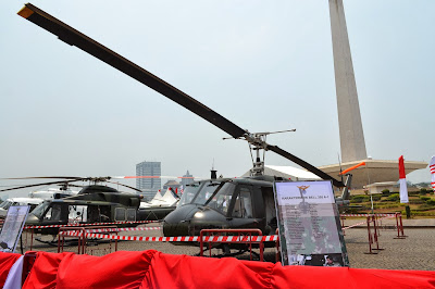 gambar Helikopter Bell 205-A1
