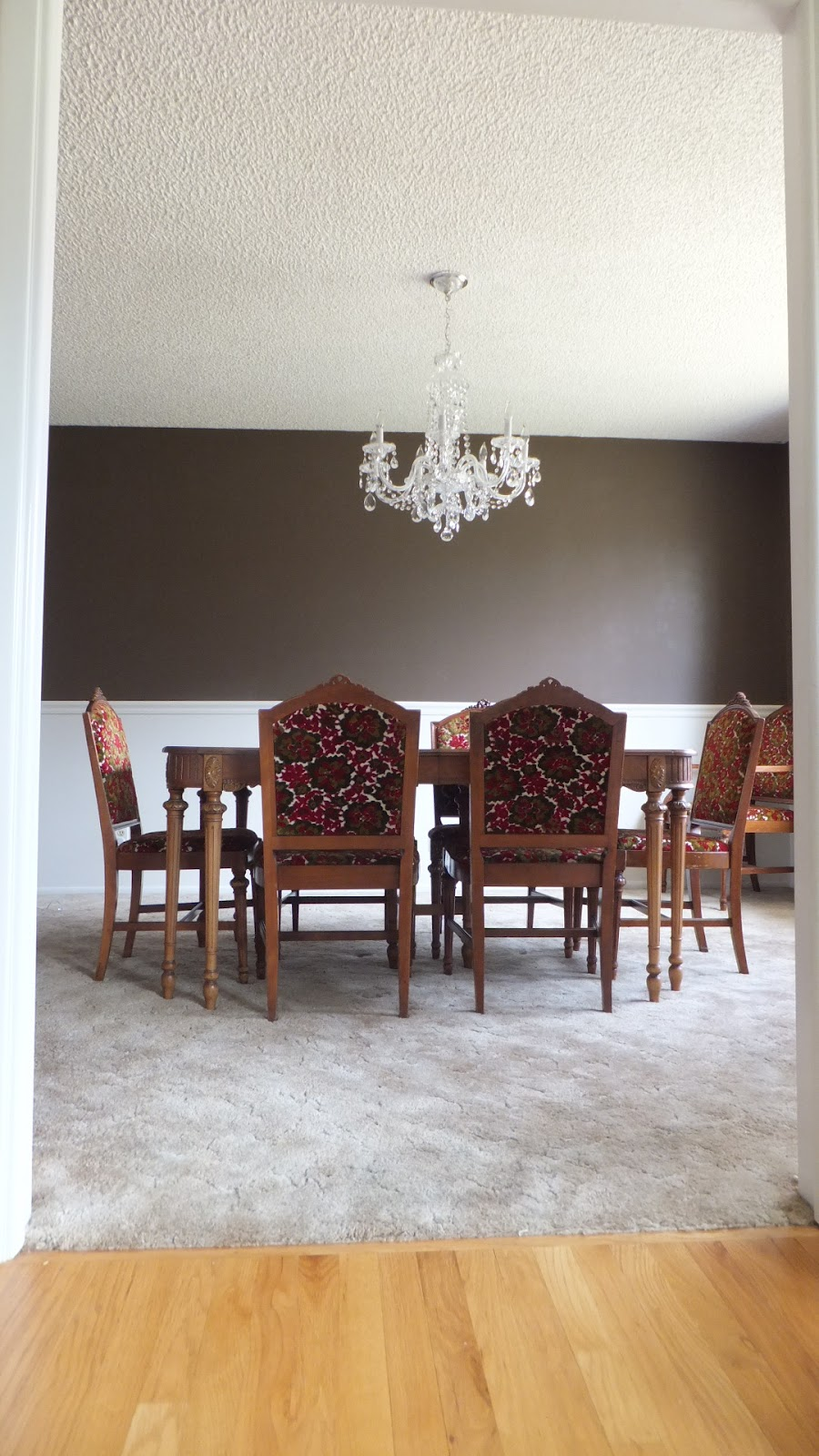New, Old Dining Set and Room Inspiration!
